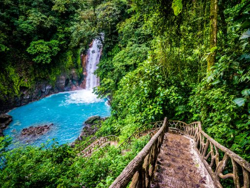 Costa Rica dating cultura unghiworth incontri
